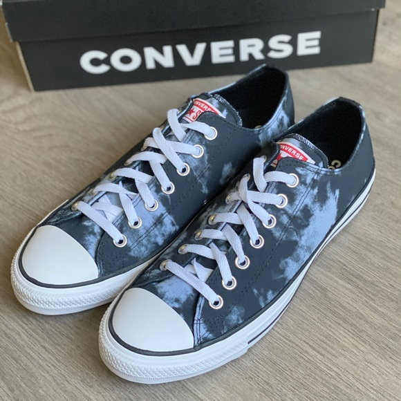NWT Converse Chuck Taylor All Star Low